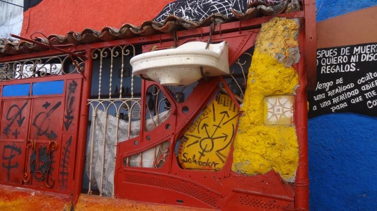 La Havane 2-32-3  Callejon de Hamel