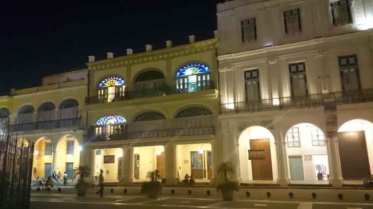 La Havane 4-37 Plaza Vieja