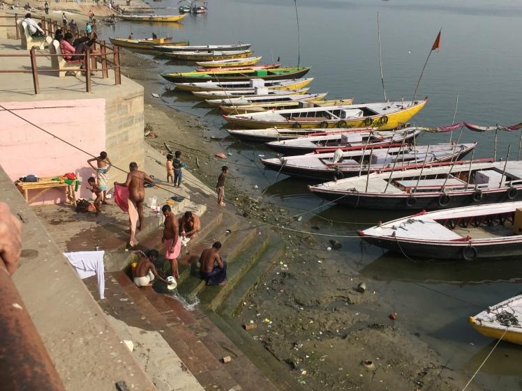 Varanasi 05 fev-29